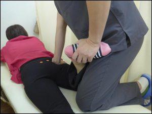 足がむくんじゃうのって、どうすればいいのかしら?